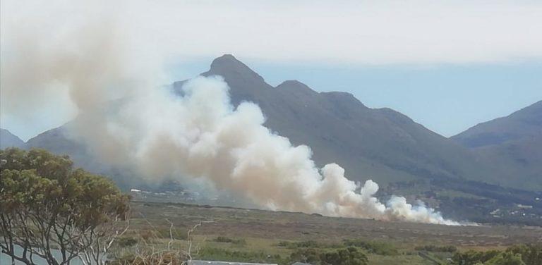 Noordhoek wetlands fire