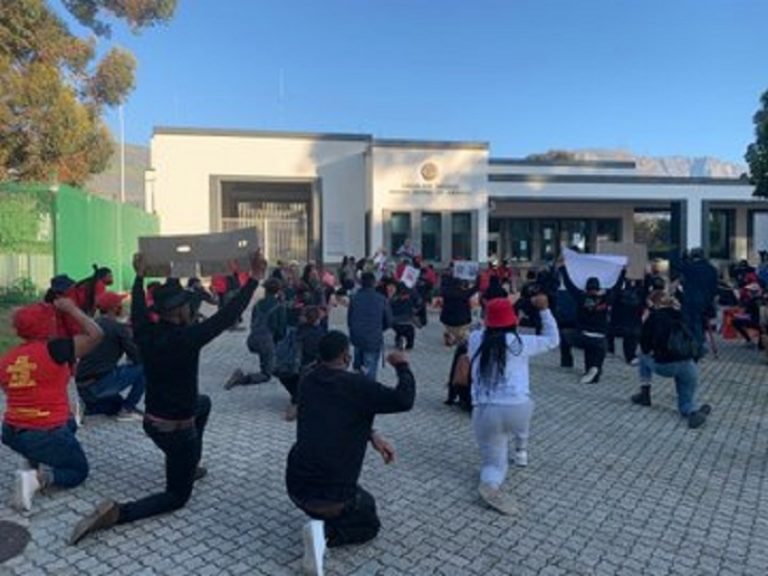 EFF Western Cape gathers at US Consulate in protest against racism and police brutality