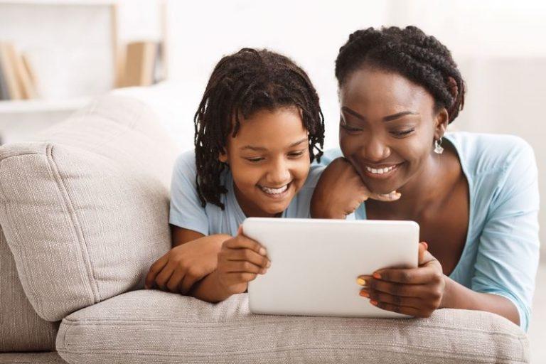 Student entrepreneur's digital library helps children to read