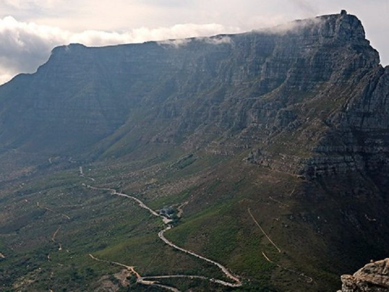 Table Mountain rangers attacked by visitors