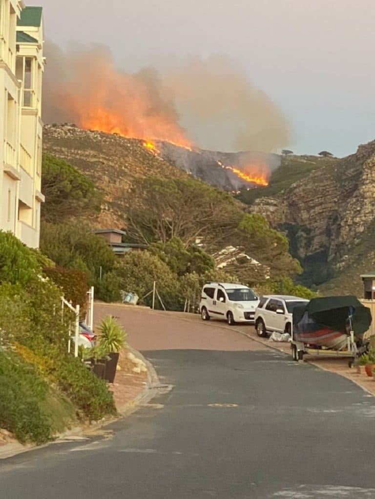 Fire breaks out on Simon's Town's Admirals' Kloof