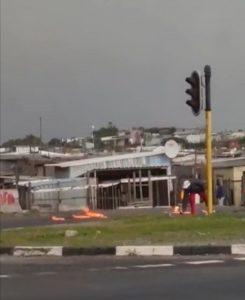 Watch: Siqalo protesters petrol bomb motorists