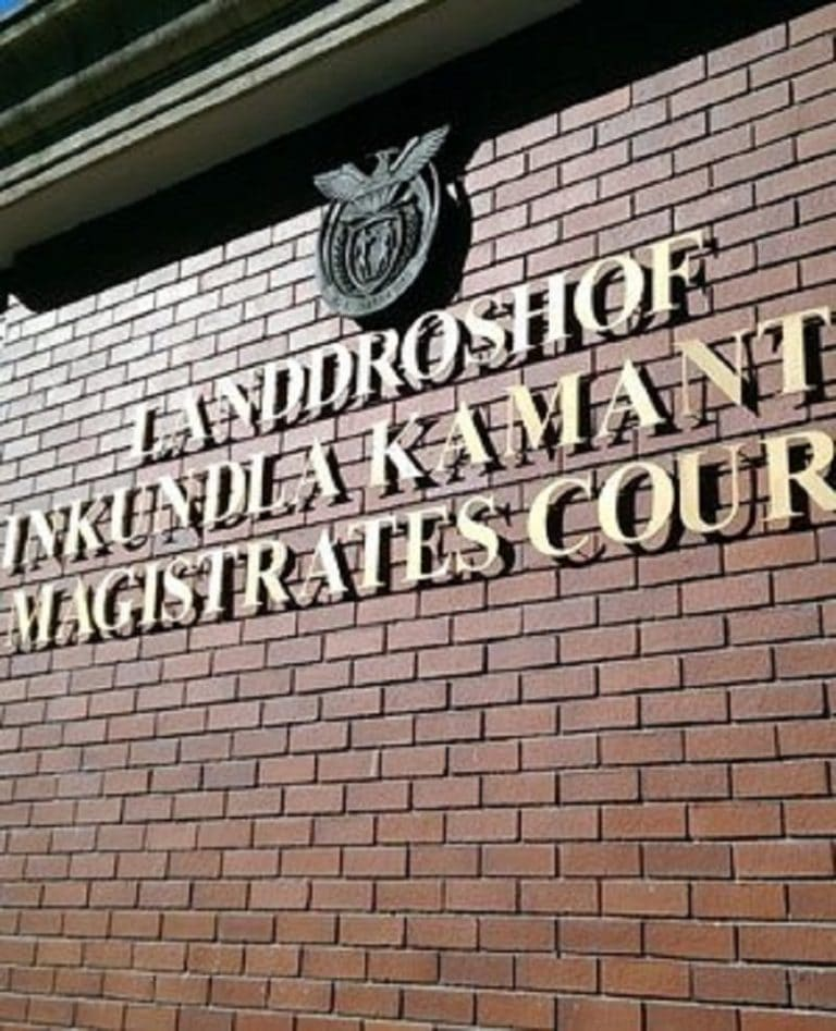Cape Town father and son accused of sexually abusing sisters granted bail