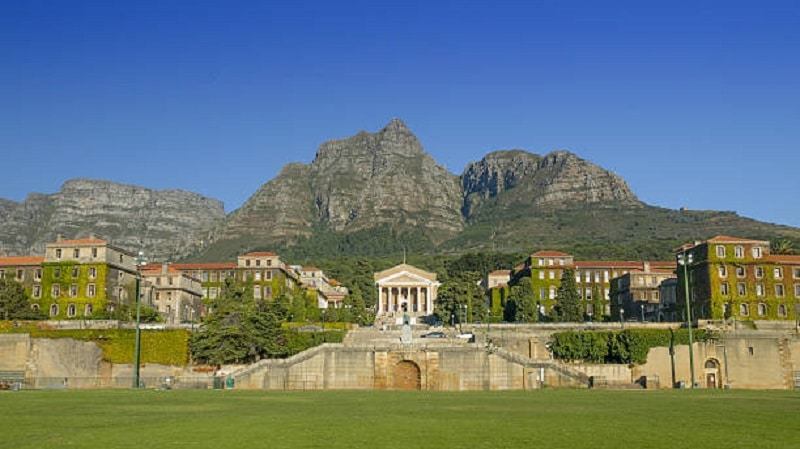UCT SRC wants Smuts Hall men's residence renamed