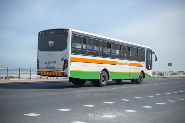 Golden Arrow bus driver struck by stray bullet while travelling on the N-2 highway
